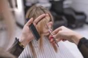 【専門家が解説】うつ病になりやすい美容師となりにくい美容師の違い